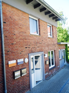 EIngang Büro. Martin Sika Lüner Weg 32 A